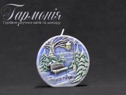 Свічка оздоблена біла диск «Ялиночки та місто» з діодами маленька