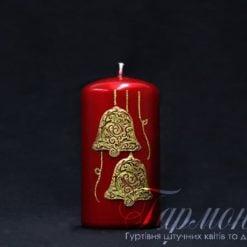 Свічка оздоблена вишнева глянцева із золотистим декором «Дзвіночки»