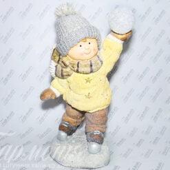 Фігурка «Хлопчик на ковзанах зі сніжкою» 19669 Н/Р